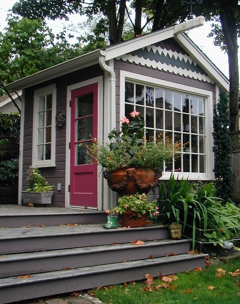 SHE SHED IDEA! Love It! Shedqaurters are small backayrd offices in a shed like building. I want one! Lots more pictures of She Sheds (and HE sheds) on this page.