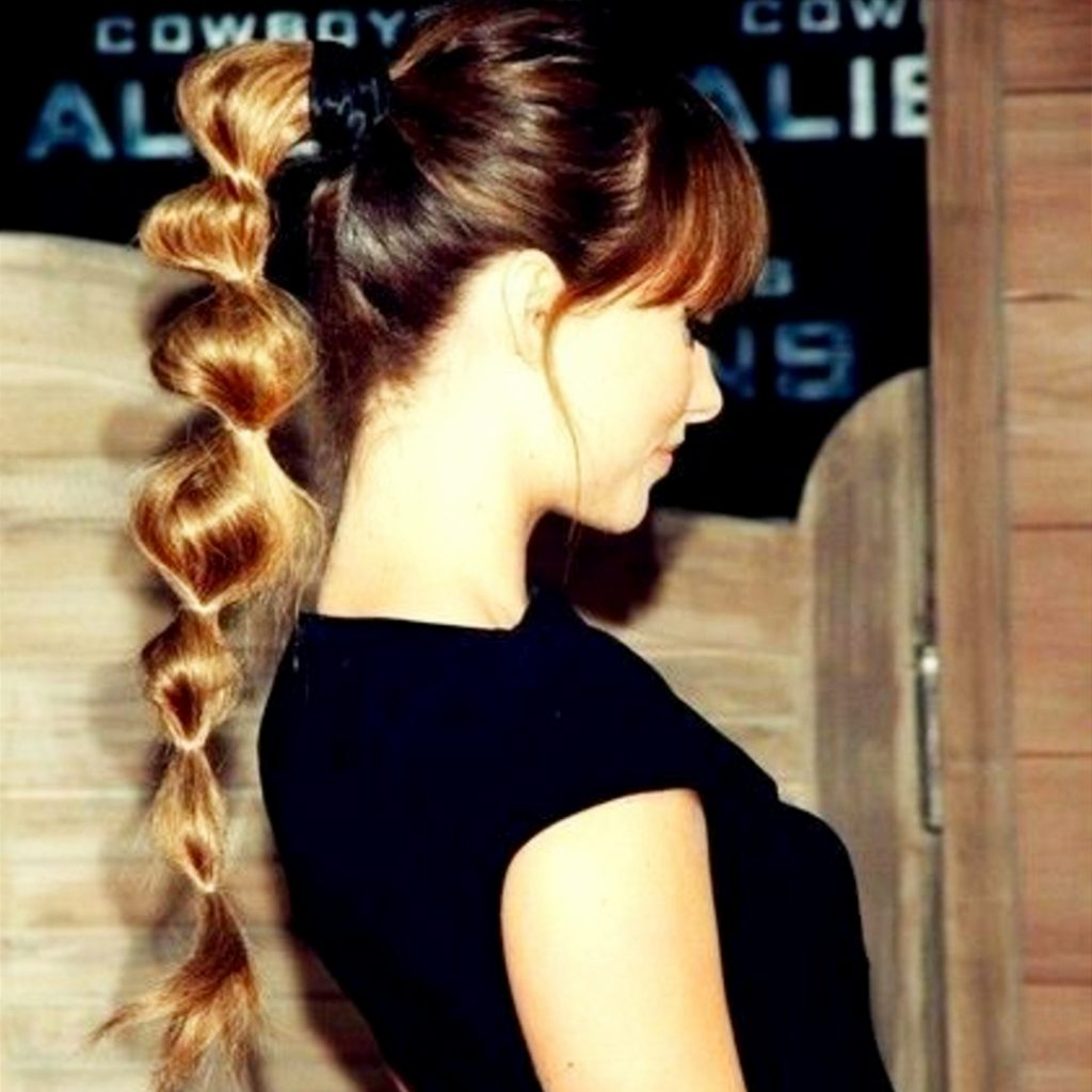 Ponytail Hairstyles I LOVE - this unique braided ponytail is so cute