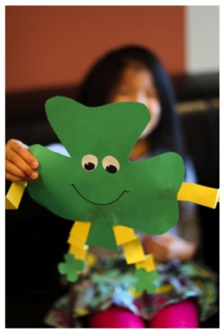 Paper St patrick's Day Craft Ideas for Kids to Make (toddlers crafts too)