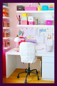 Feminine Home Office Decor ideas - cute home office ideas for women. These easy DIY decorating ideas for YOUR home office WILL make you want to work from home! See lots of beautiful home office ideas PICTURES here...
