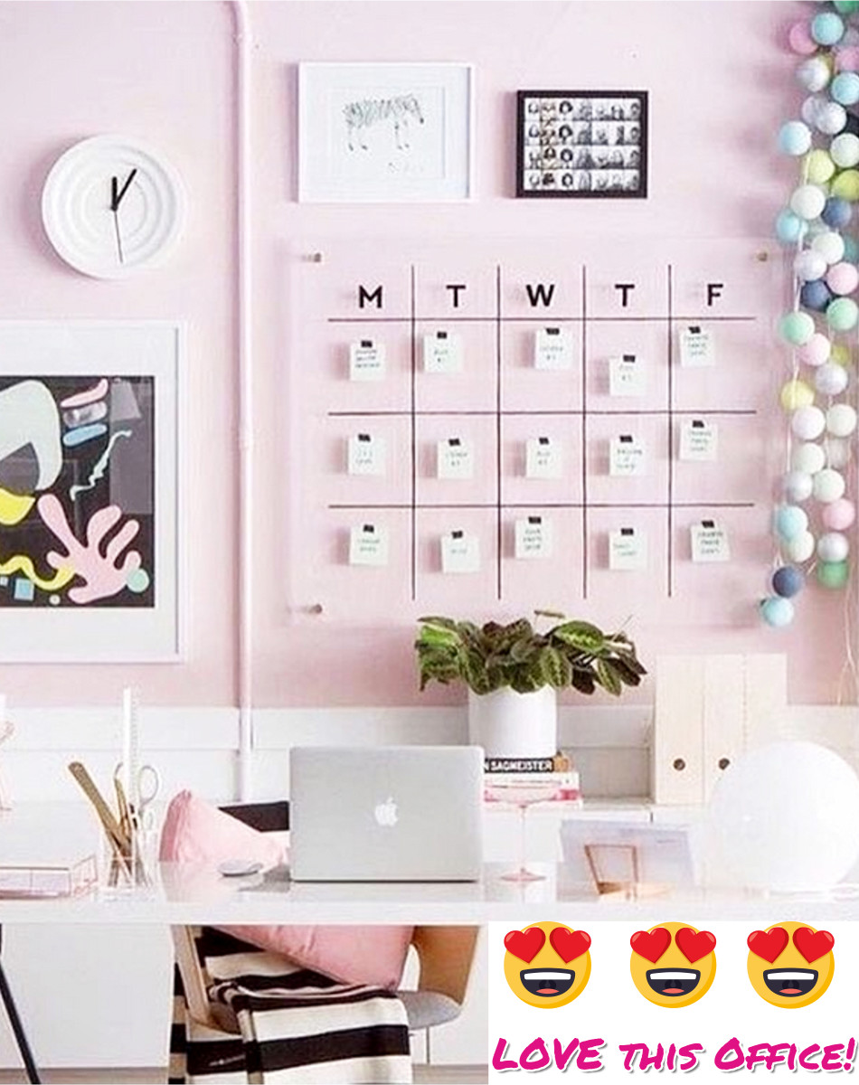 I Love This Pink Home Office Decorating Idea Such A Feminine Work E But