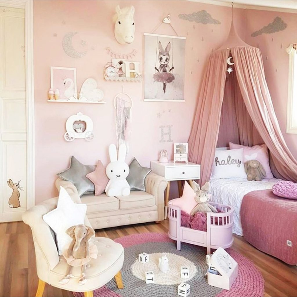 Little Girl's Bedroom Decorating Ideas And Adorable Girly