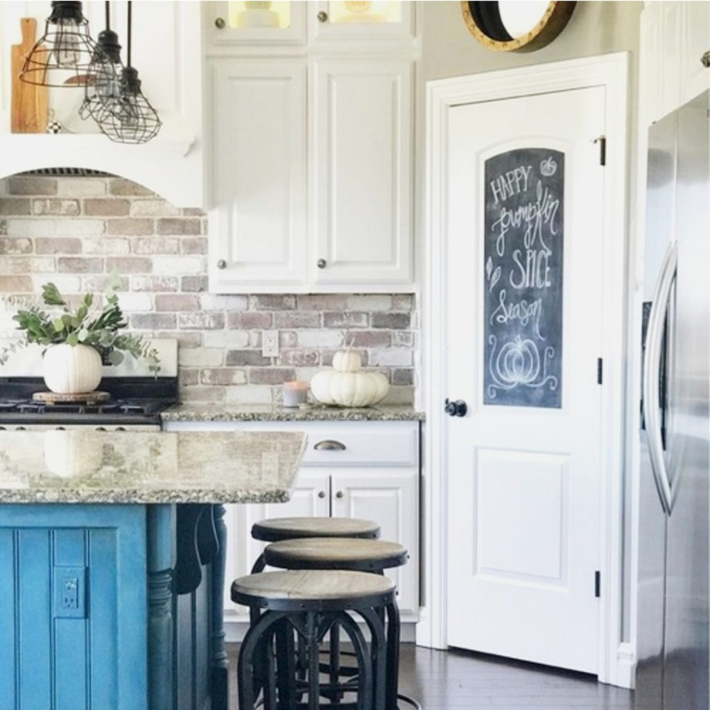 Country Kitchen Pictures 2019: Farmhouse Kitchen Ideas For A Country Kitchen Remodel On A