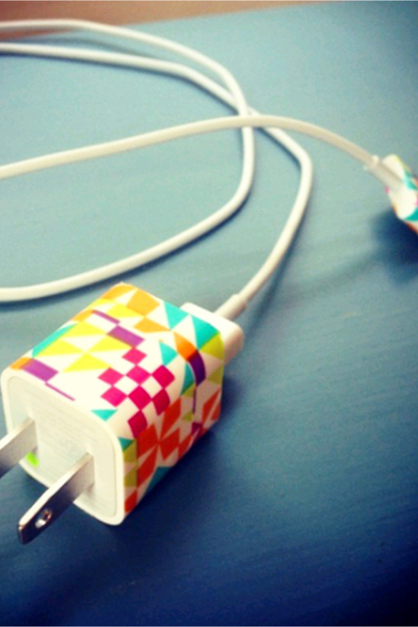 Decorate your phone charger! how to decorate your room without buying anything