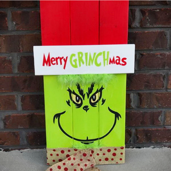 DIY Grinch Christmas Sign for Front Porch - DIY Grinch Decorations and Christmas Ornaments