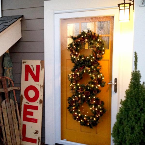 DIY decorating ideas for Christmas - triple wreath or a wreath trio idea