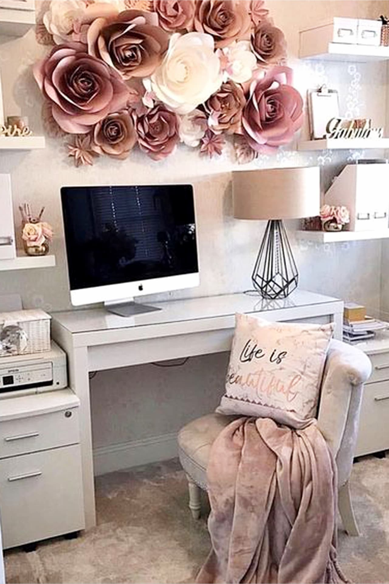 Pretty Home Office Ideas For Women - Beautiful Glam Chic ...